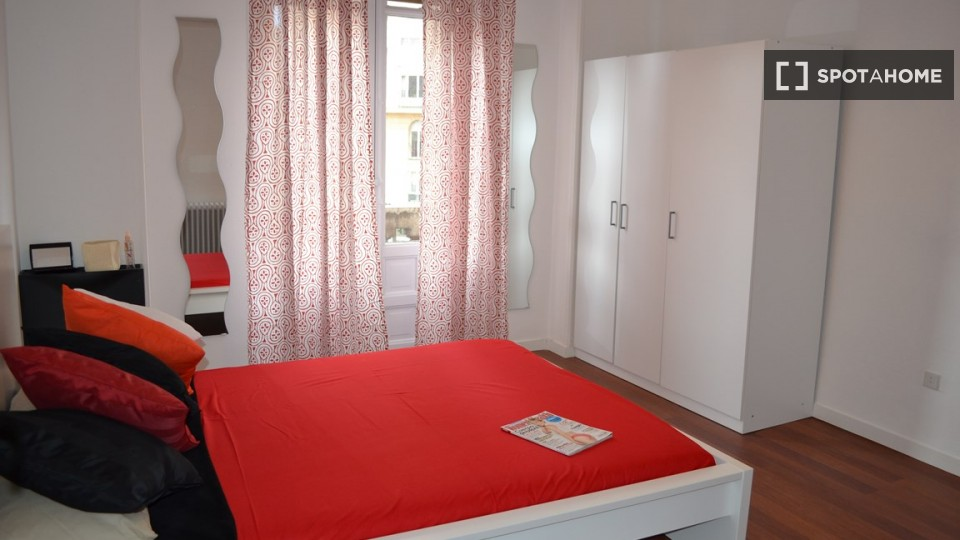 $648 room for rent Chamberi Zona Centro, Madrid