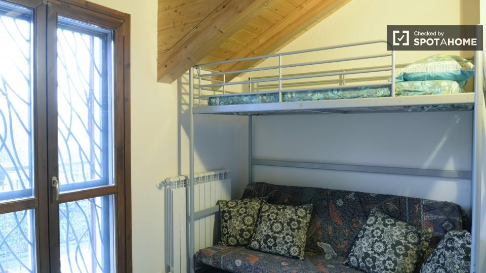 $566 room for rent Cornaredo Milan, Lombardy (Milan)