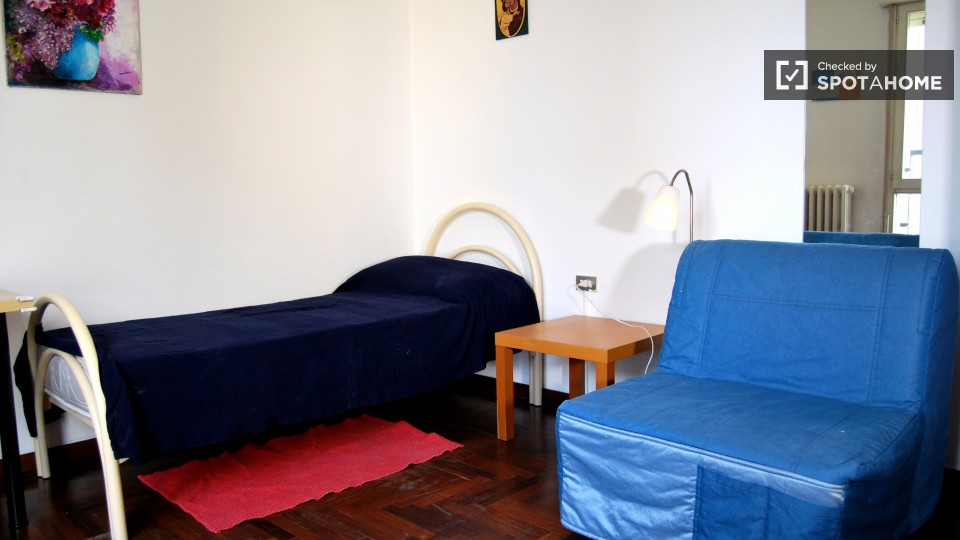 $601 room for rent Bresso Milan, Lombardy (Milan)
