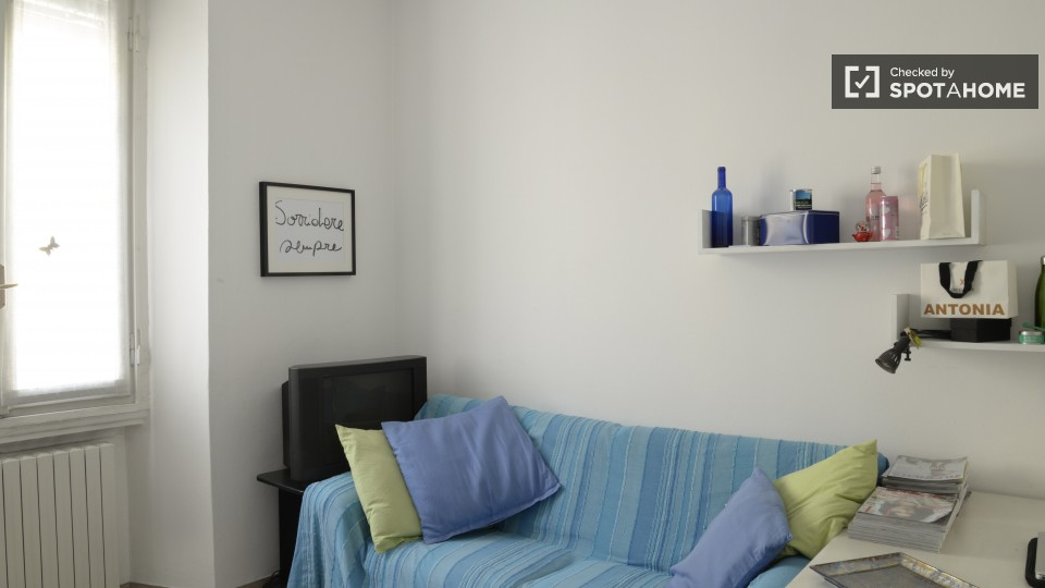 $546 room for rent San Donato Milanese Milan, Lombardy (Milan)