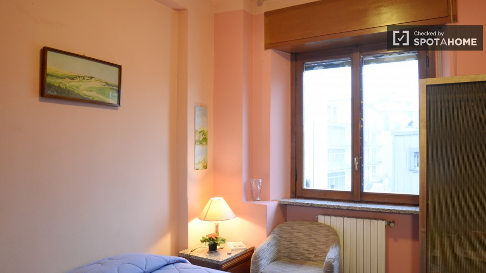 $736 room for rent Sesto San Giovanni Milan, Lombardy (Milan)