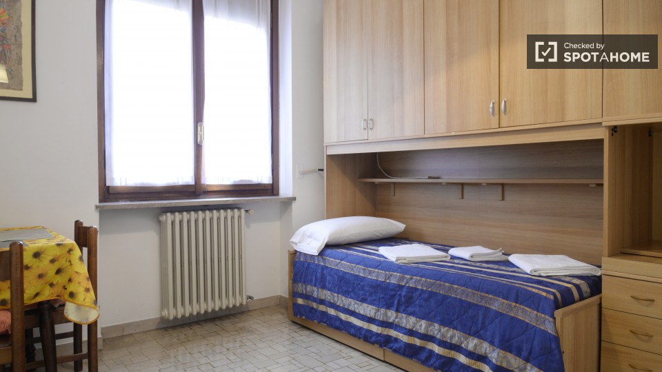 $751 room for rent Sesto San Giovanni Milan, Lombardy (Milan)