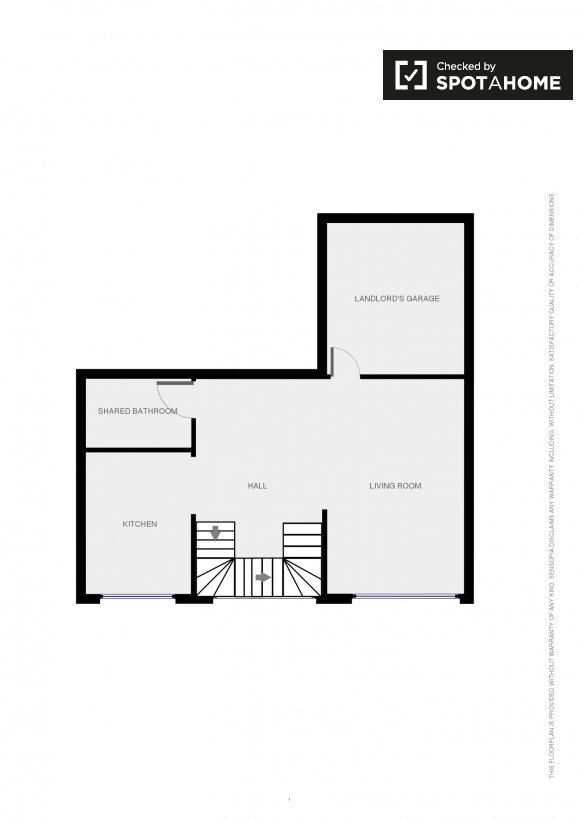 Stanze in affitto in una grande casa con 3 camere da letto for Piccole planimetrie della casa con 3 camere da letto