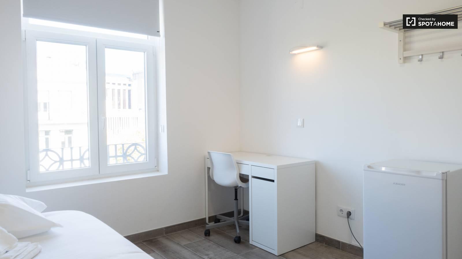 Bedroom 500