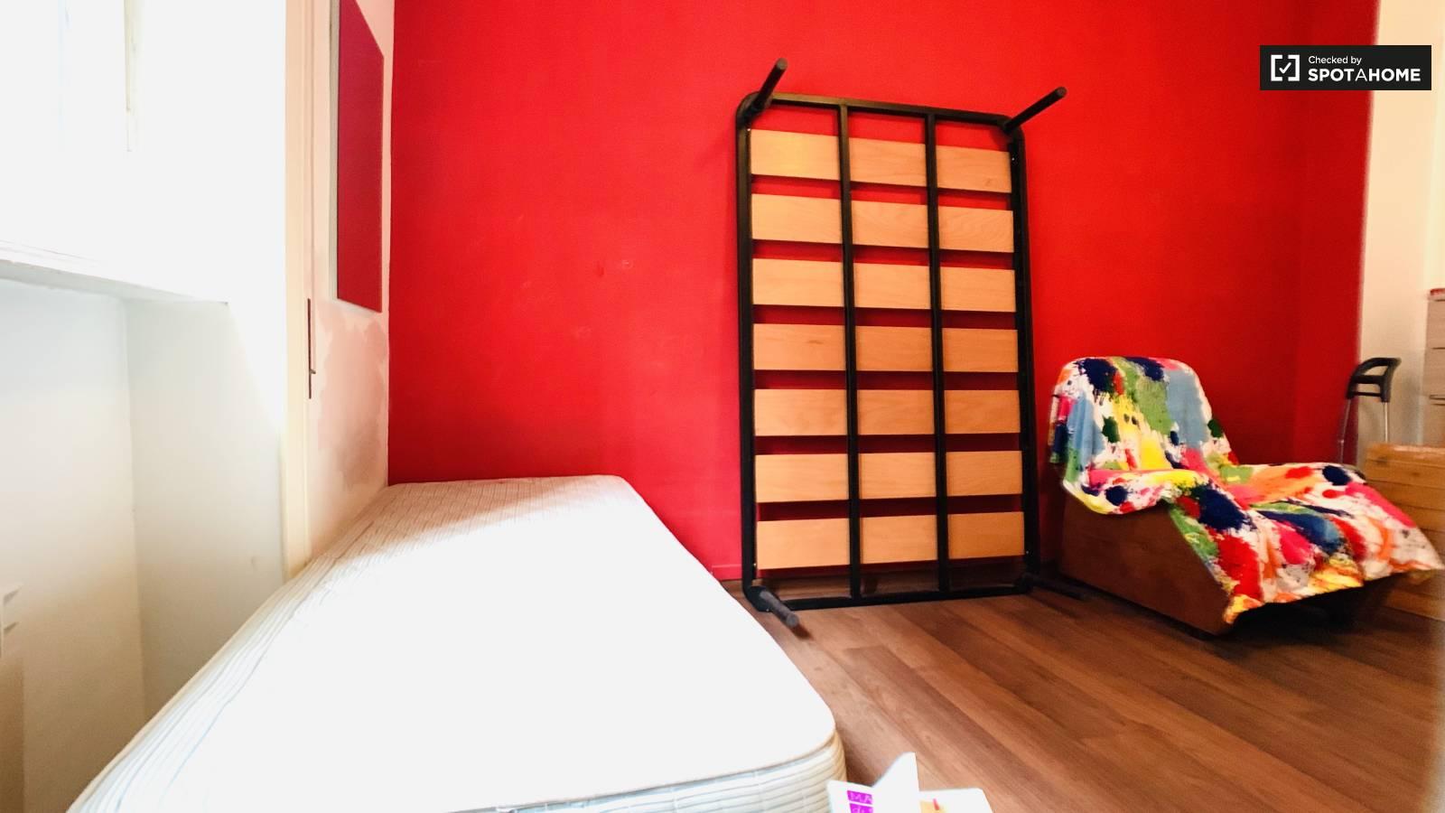 Comoda Stanza In Affitto In Appartamento Con 3 Camere Da Letto A Portuense A Roma Ref 293876 Spotahome