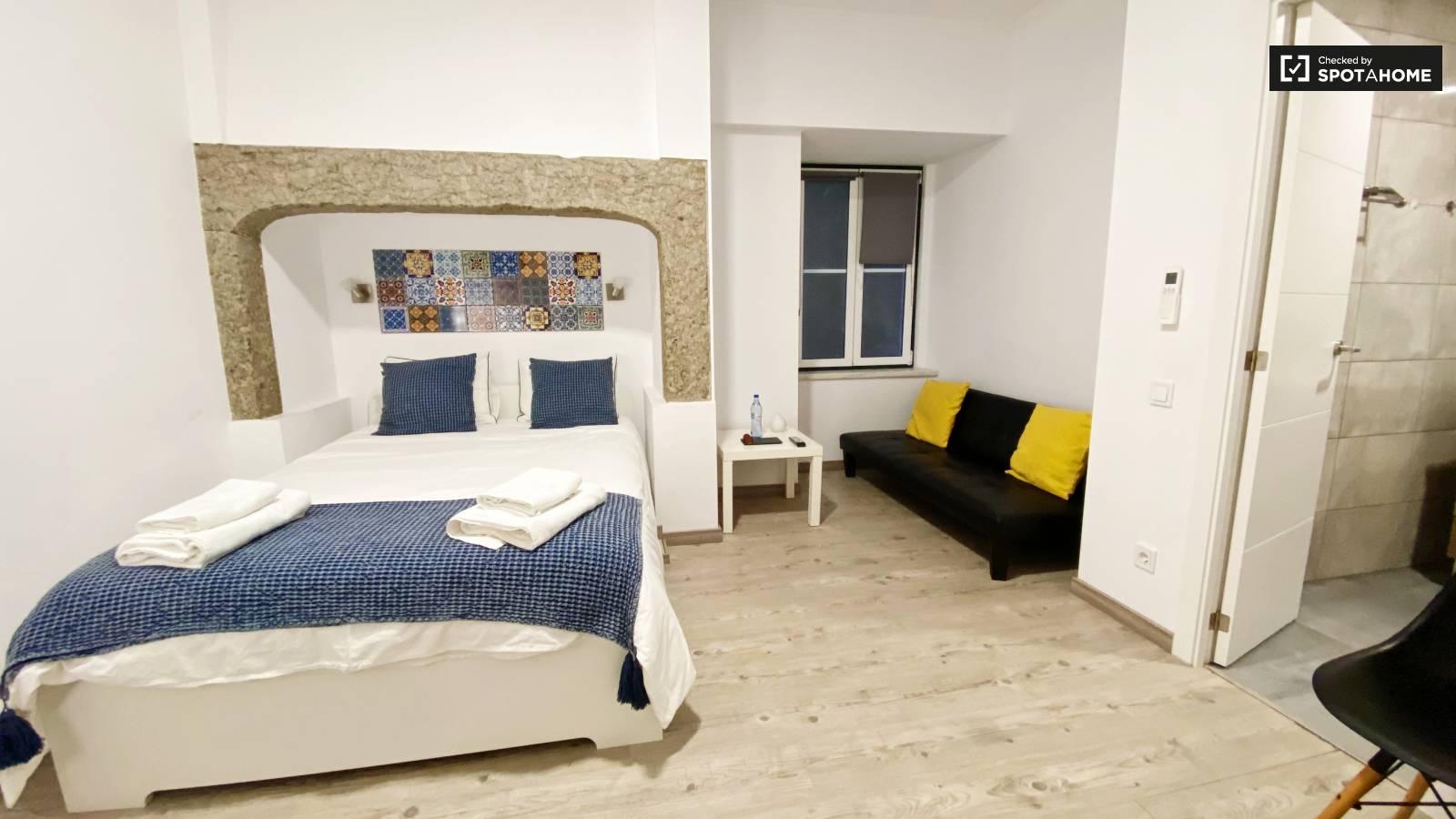 Bedroom 205