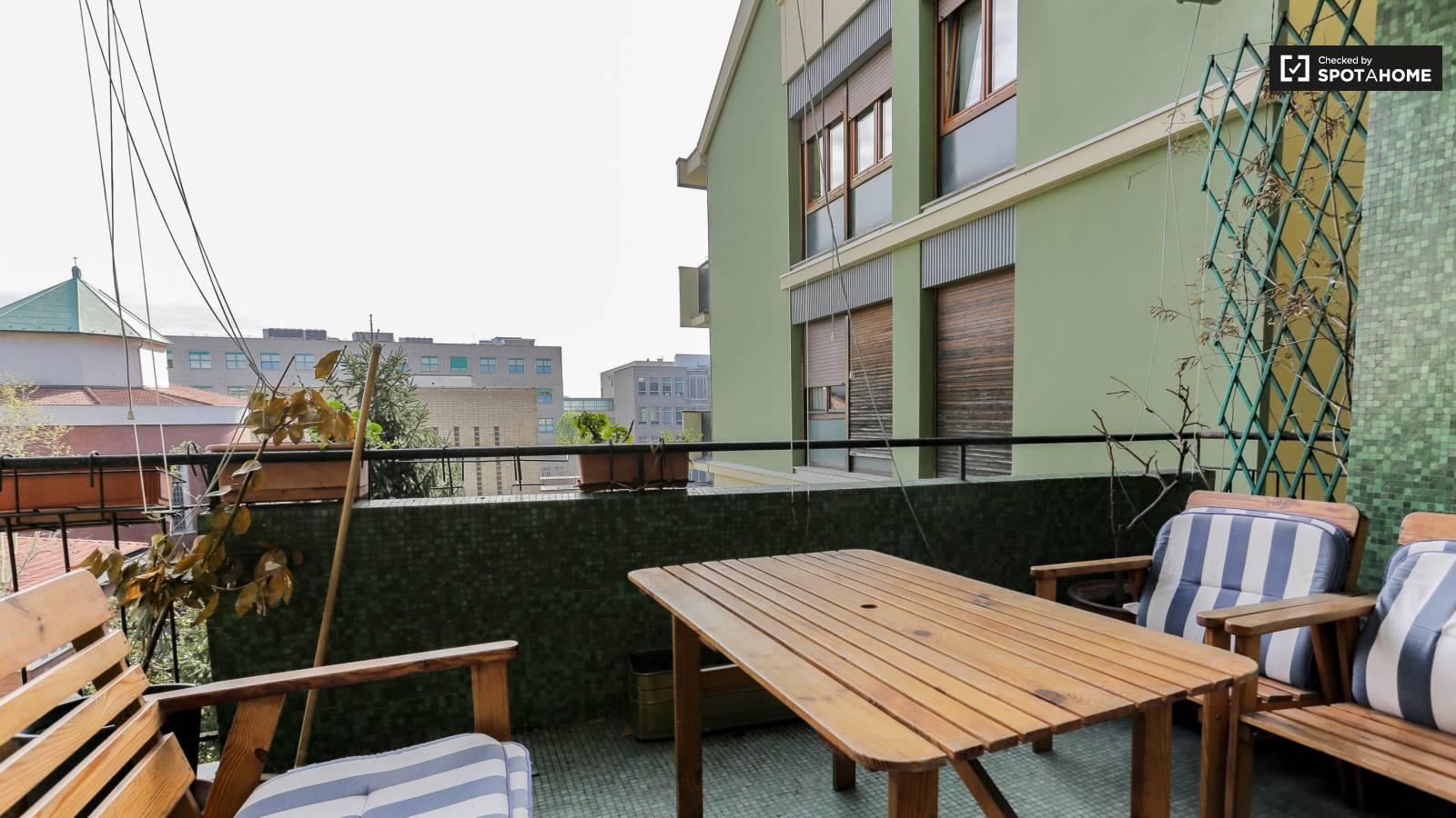 Bedroom 4 - balcony