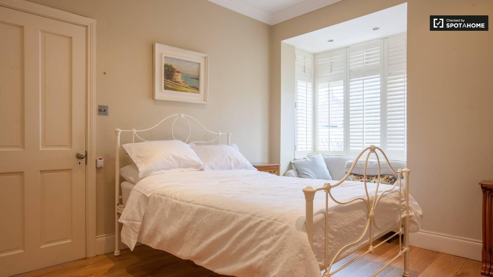 Studio apartment for rent in Sandycove, Dublin
