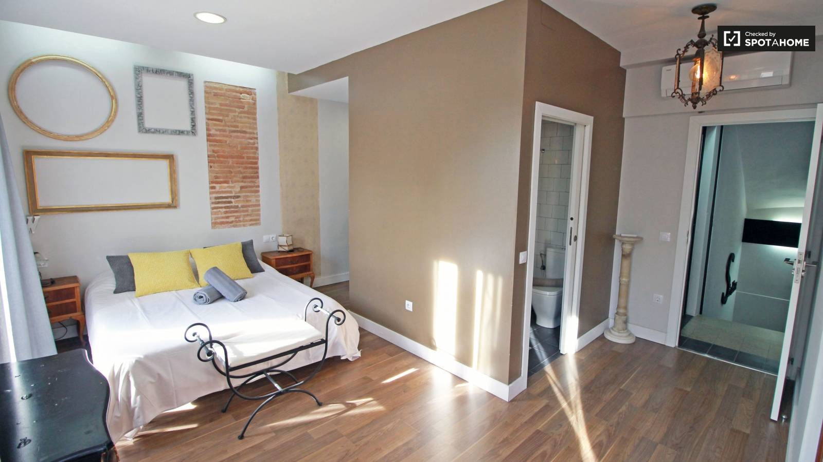 Bedroom 1 (brown)