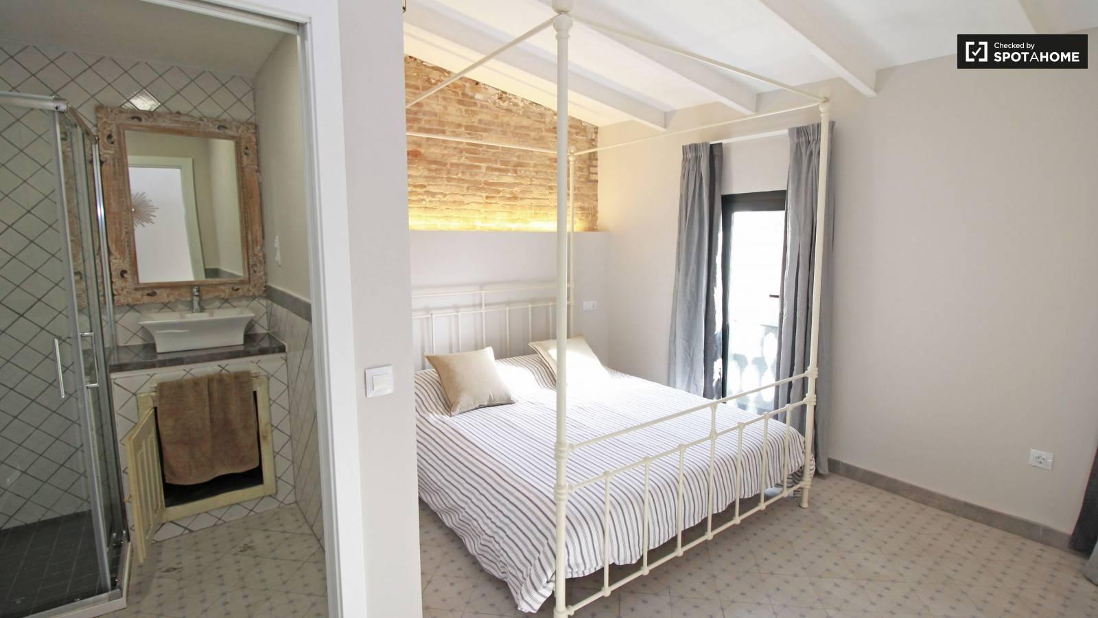 Bedroom 4 (white)