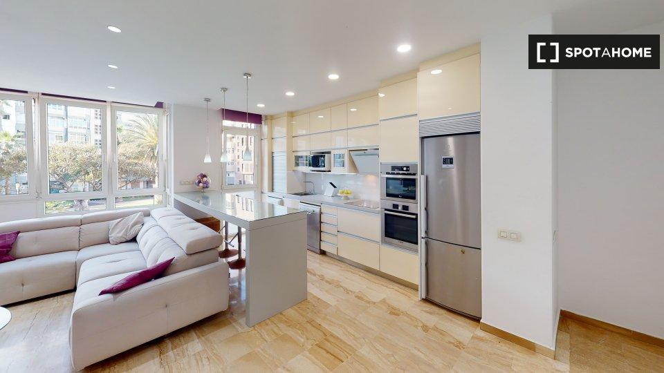 Apartamento completo de 3 dormitorios en Las Palma