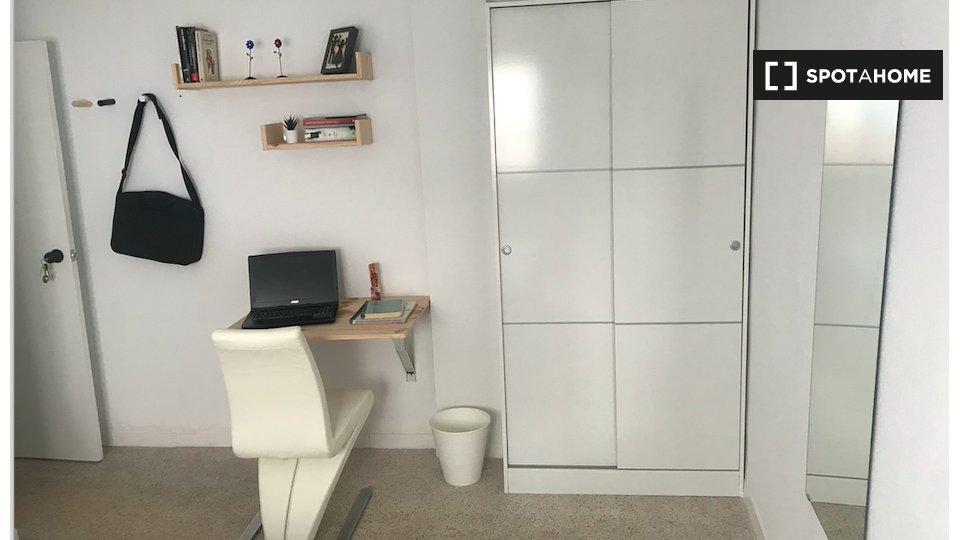 Habitación en piso compartido en Salamanca