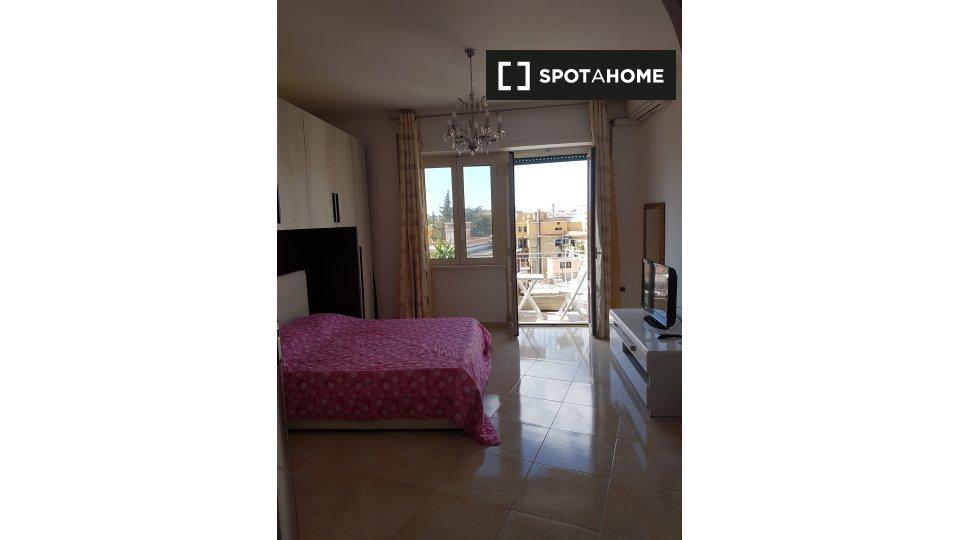Via Alba, 00182 Roma RM, Italy