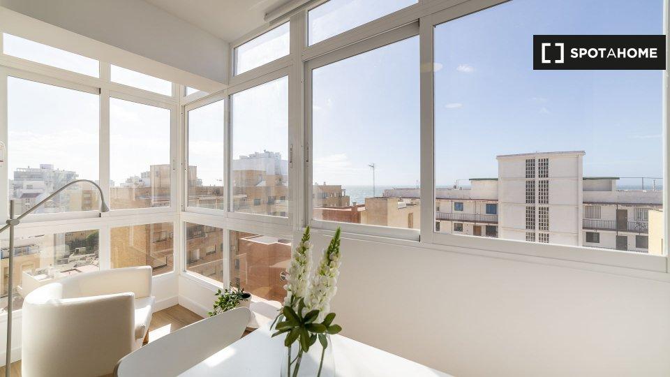 Apartamento frente al mar, con las mejores vistas