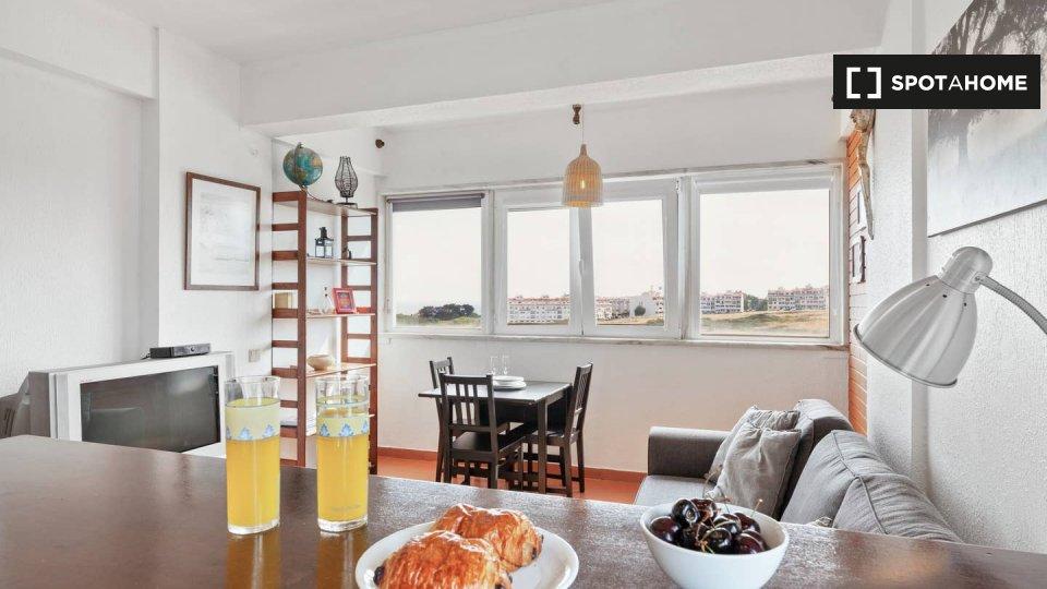 Alloggio in Residence in affitto a Paço de Arcos Lisbona € 4000 al mese
