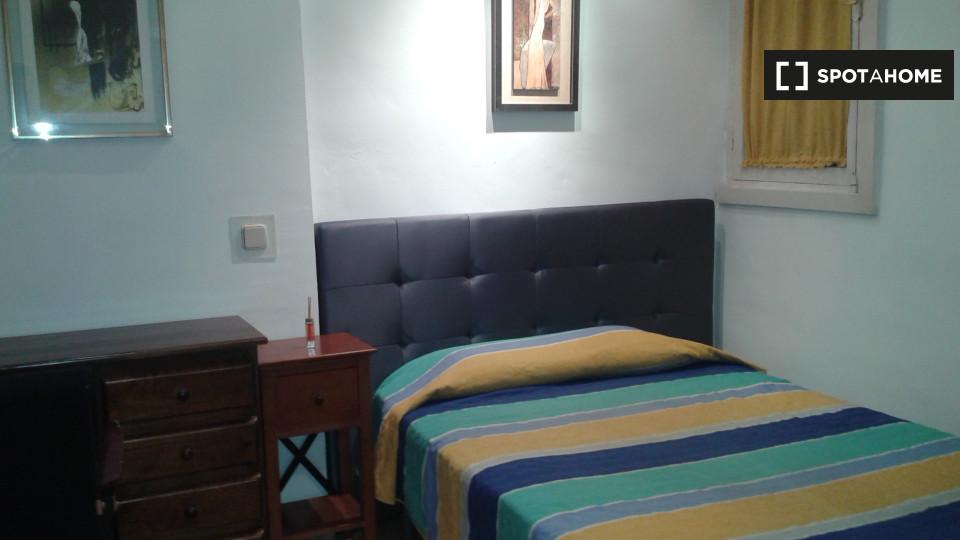 10 bedroom apartment