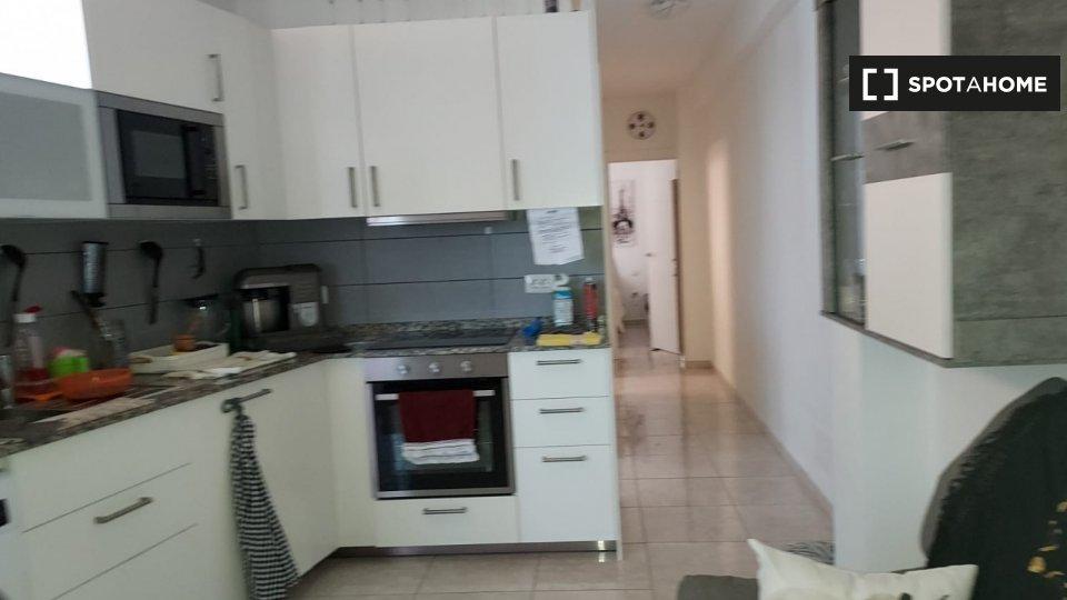 Apartamento completo de 2 dormitorios en Santa Cru