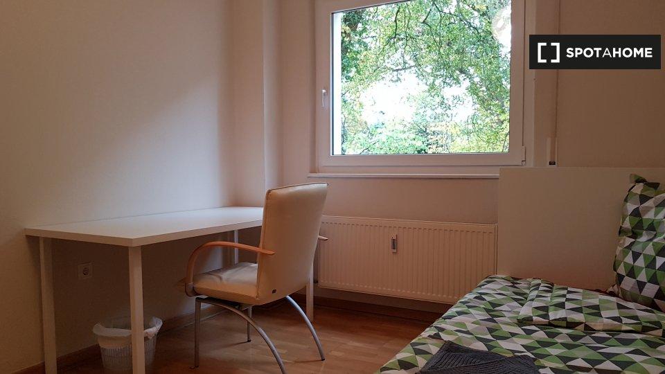 Menzelstraße 4B, 14193 Berlin, Germany