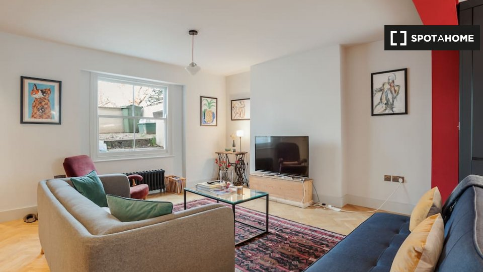 Newington Green, Mayville Estate, London N16 9PU, UK