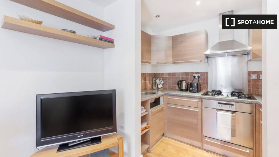 Haverstock Hill, London NW3 2BH, UK