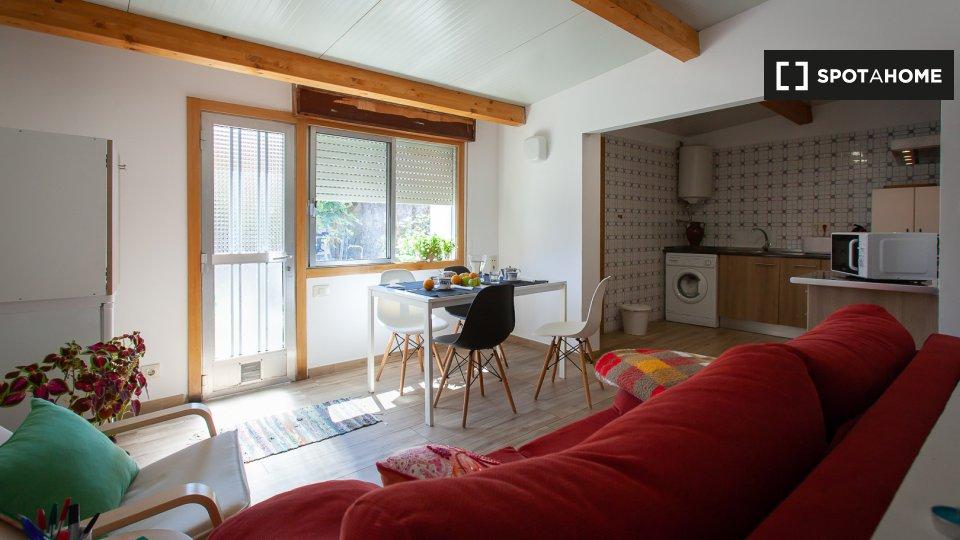 Casa de 2 habitaciones en alquiler en Vigo