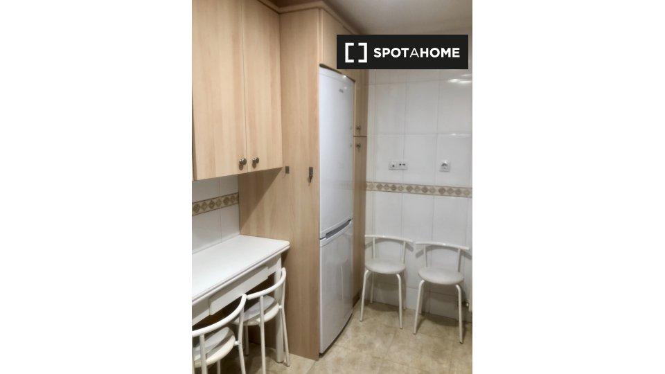 Piso de 3 habitaciones en alquiler en Salamanca