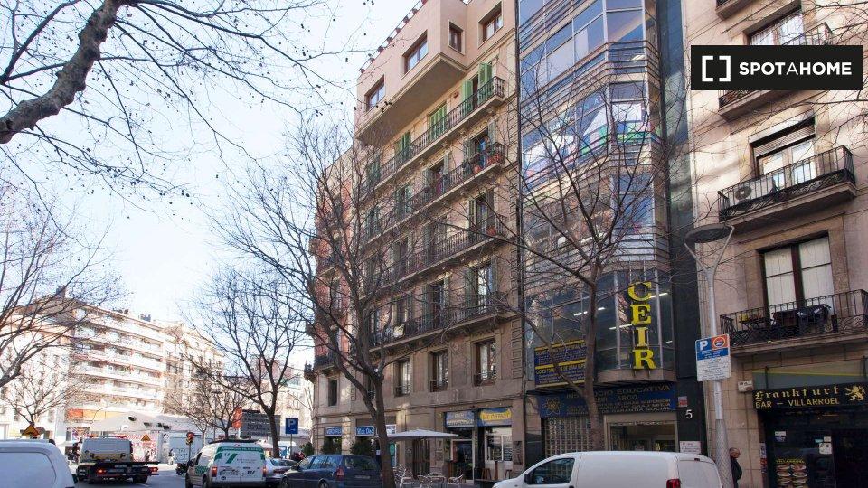 Calle Villarroel