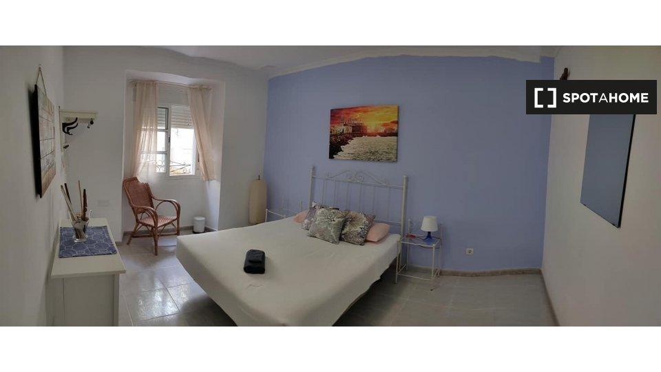 Habitación en piso compartido en Cádiz