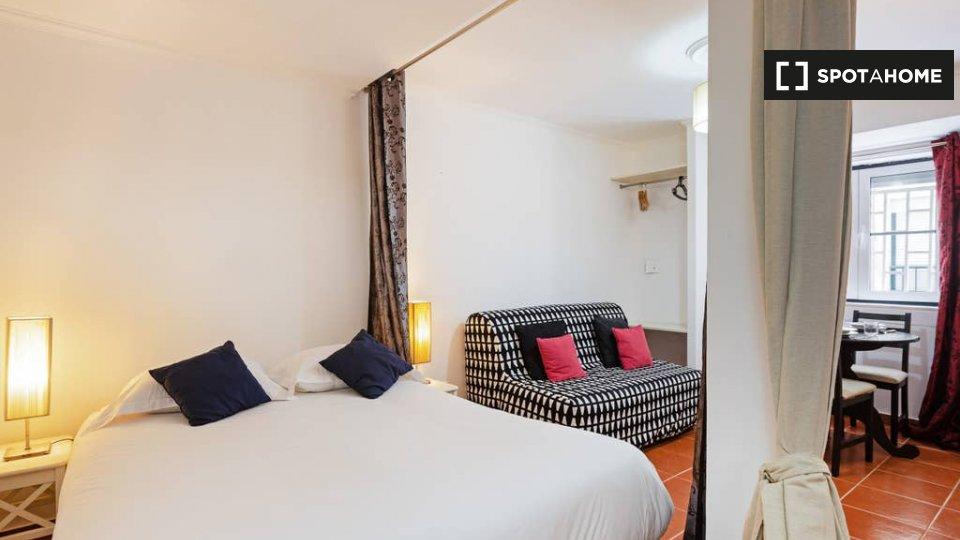 Monolocale in affitto ad Arroios Lisbona € 800 al mese