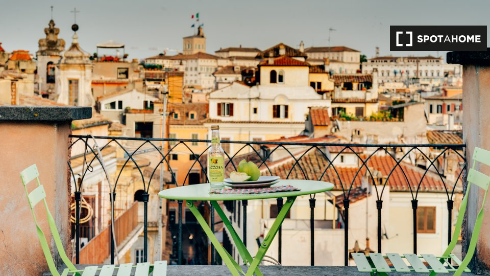Via del Pozzo delle Cornacchie, 00186 Roma RM, Italy
