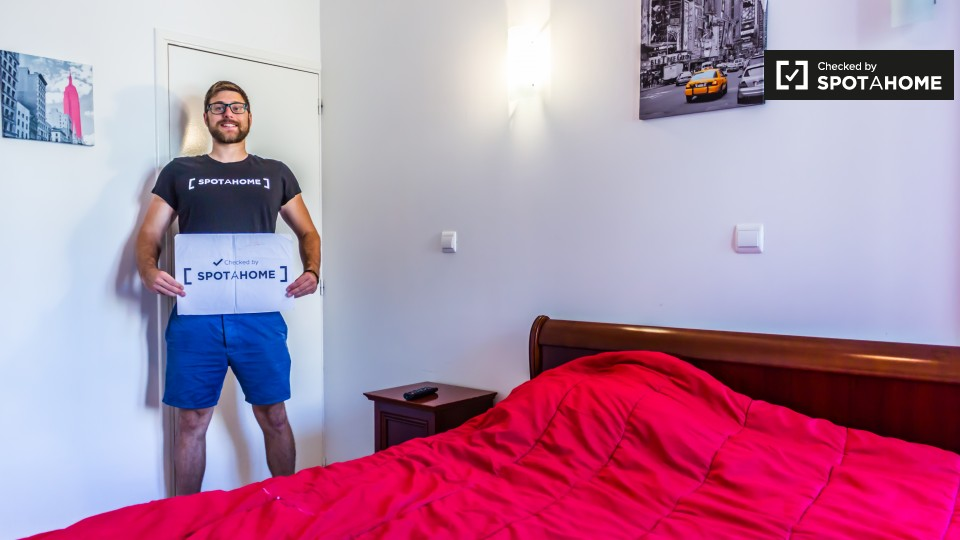 Chambres louer pour femmes dans appartement for Prix chambre universitaire lyon