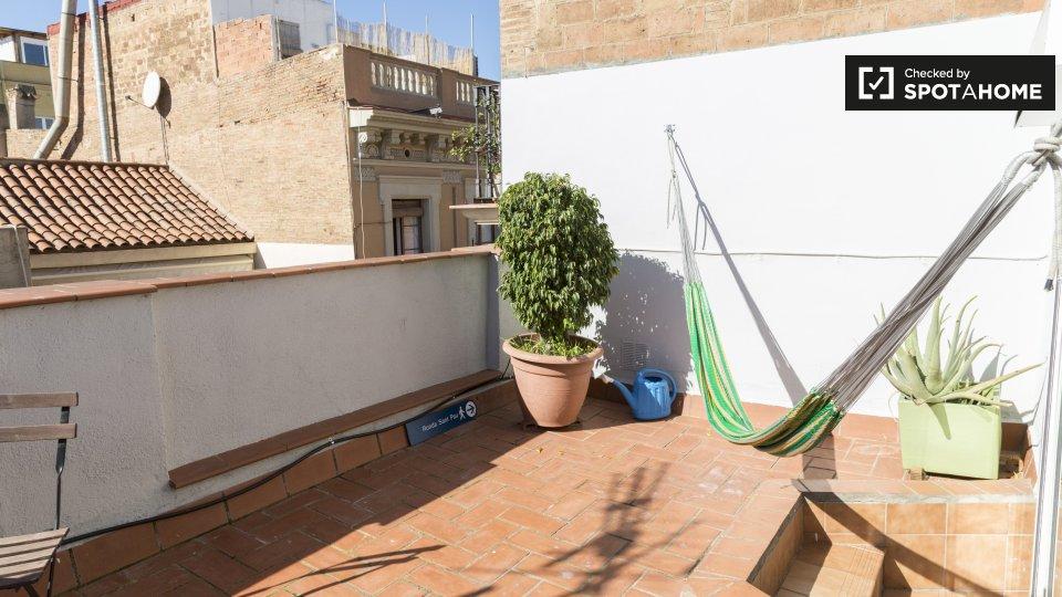 Carrer de Verdi, 72, 08012 Barcelona, Spain