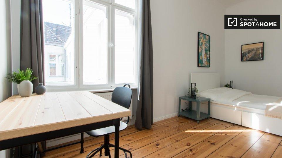 Huttenstraße, 10553 Berlin, Germany