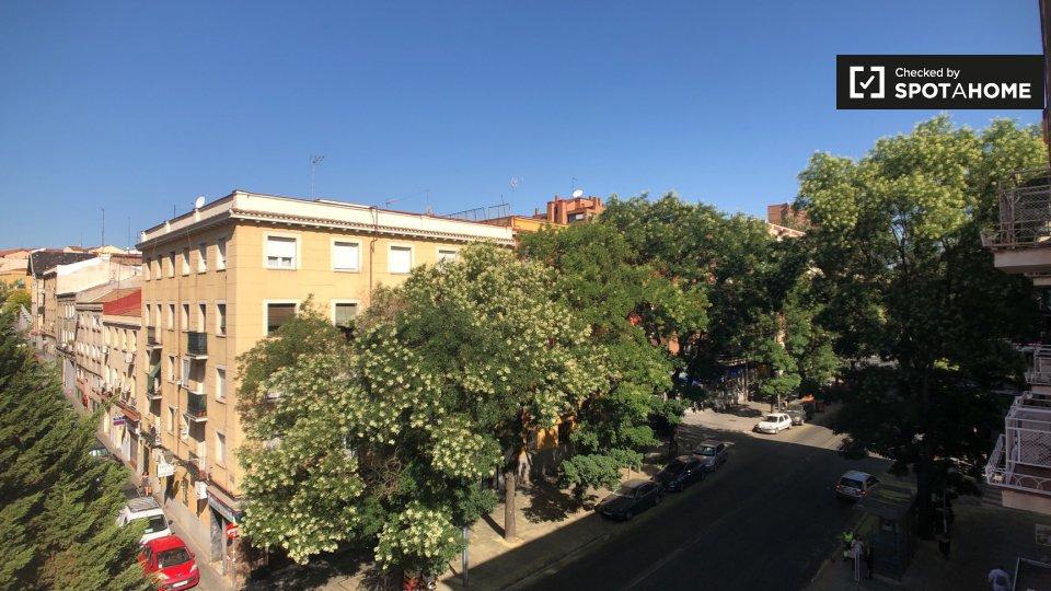 Calle de Doña Urraca, 19