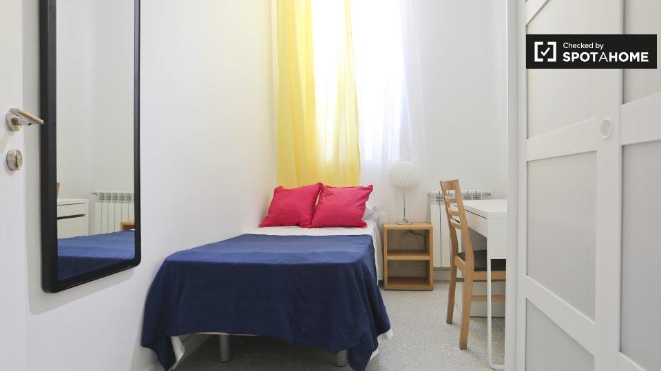 Luminosa camera in appartamento con 4 camere da letto, Tetu�n