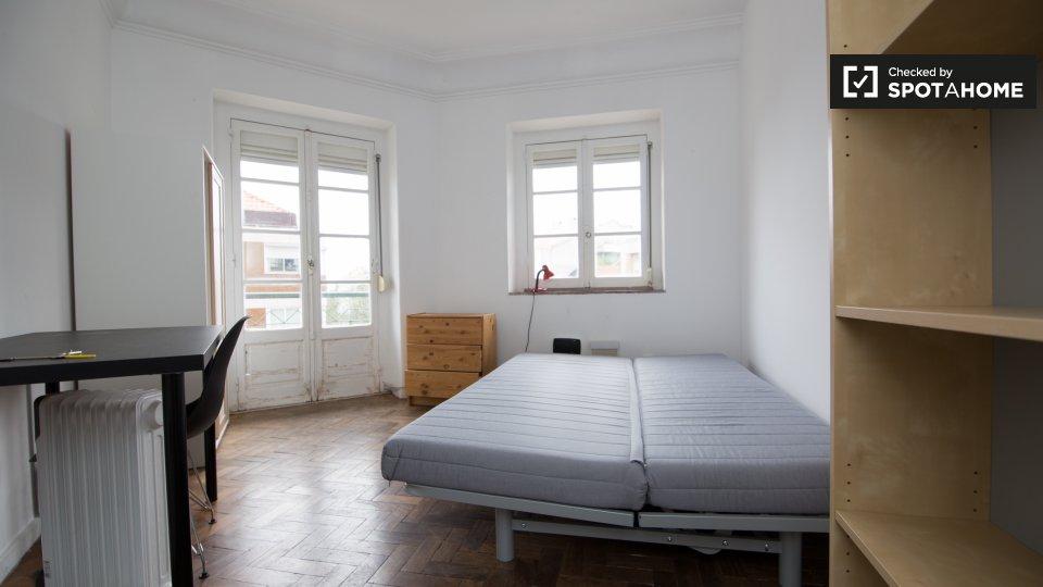 Camera in affitto ad Arroios Lisbona € 510 al mese
