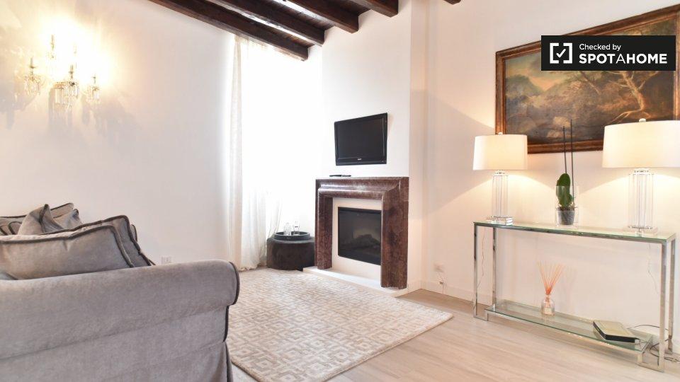 Vicolo del Bologna, 00153 Roma RM, Italy