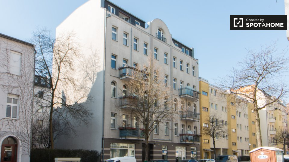 Guineastraße, Berlin, Germany
