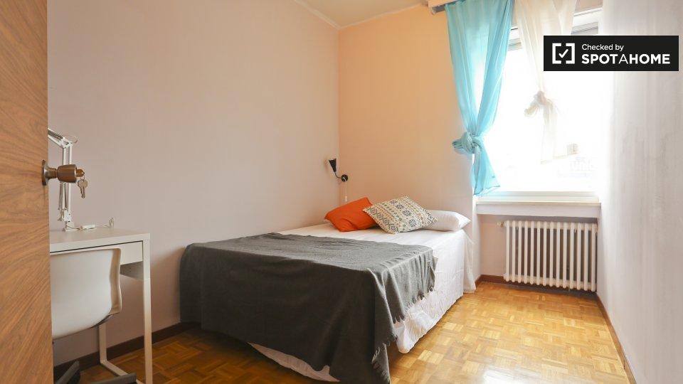 Camera arredata in appartamento con 7 camere da letto, Tetu�n