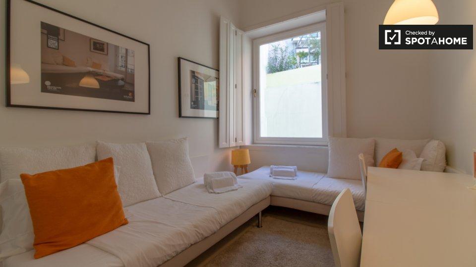 Camera in affitto a Chiado Lisbona € 742 al mese