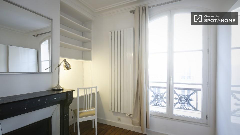 Rue Descombes