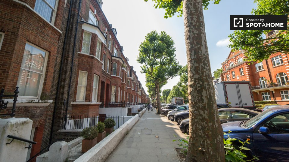 Randolph Ave, Maida Vale, London W9, UK