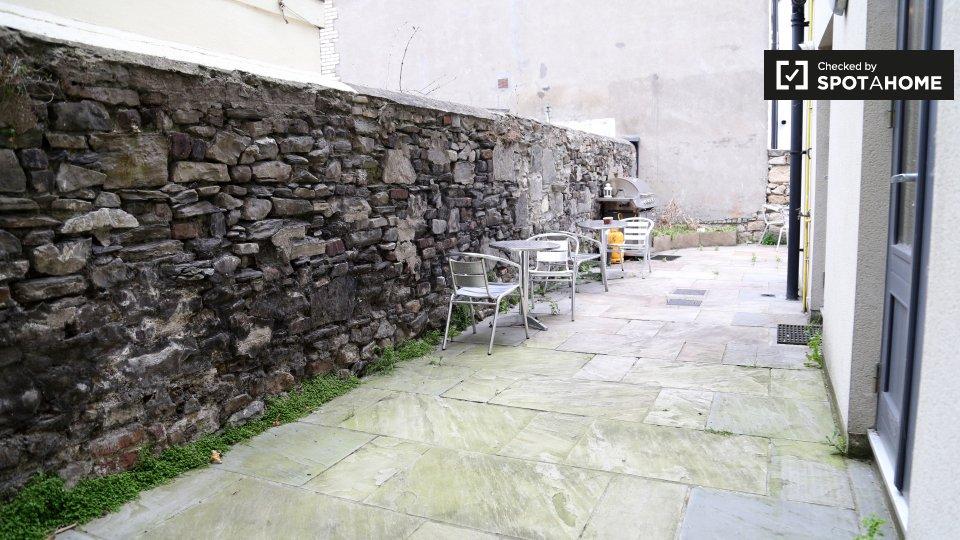 S Circular Rd, Portobello, Dublin 8, D08 DP08, Ireland