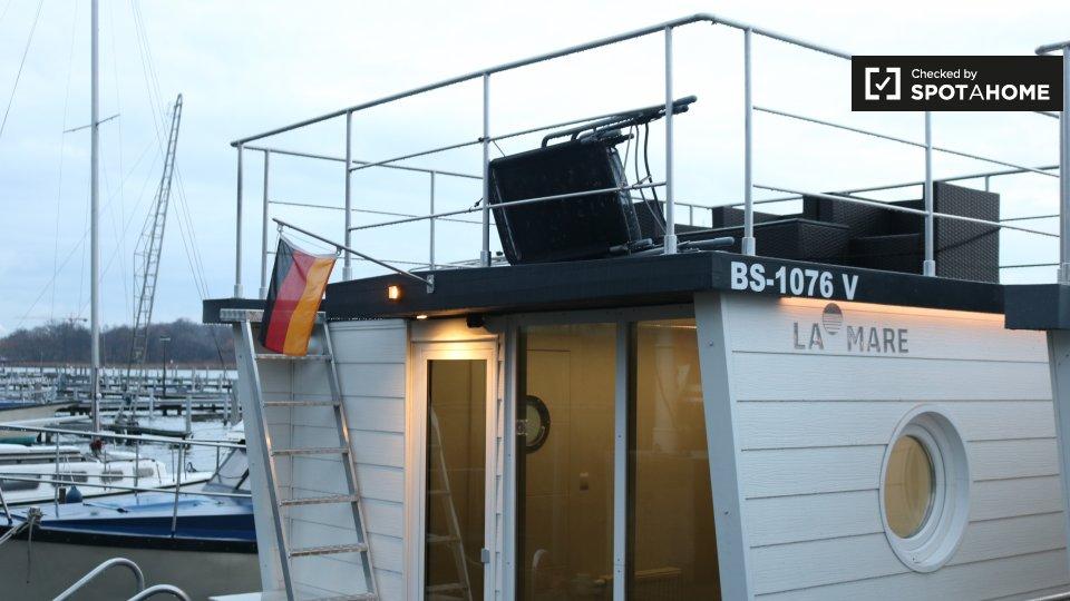 Scharfe Lanke-131, 13595 Berlin, Germany