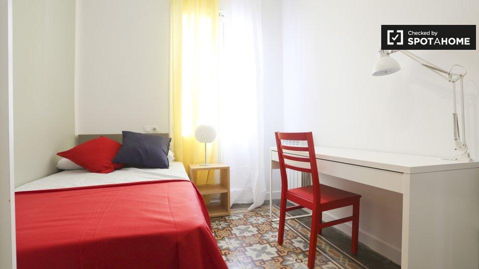 Camera accogliente in appartamento con 4 camere da letto, Tetu�n