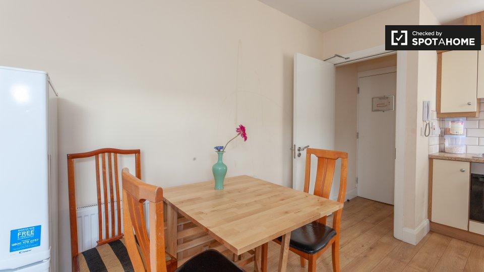 ApartmentA, 74 Drumcondra Rd Lower, Drumcondra, Dublin 9, D09 W0Y5, Ireland