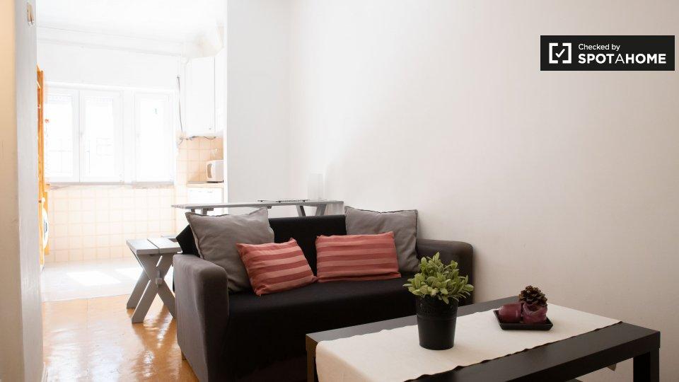 Alloggio in Residence in affitto a Paço De Arcos Lisbona € 750 al mese