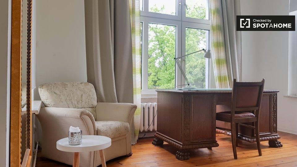 Dahmestraße, 12526 Berlin, Germany