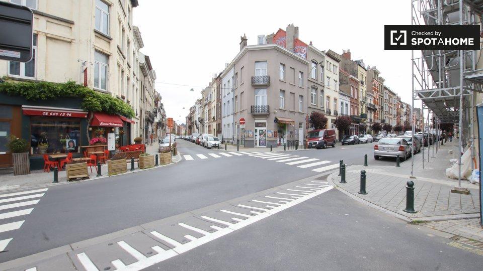Place de la Petite Suisse, 1050 Ixelles, Belgium