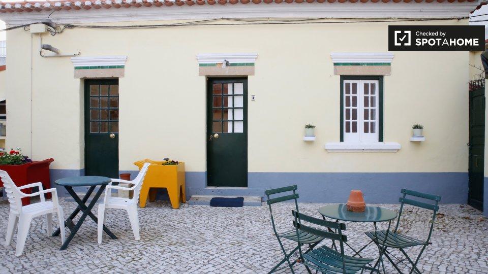 Alloggio in Residence in affitto a Carcavelos Lisbona € 650 al mese